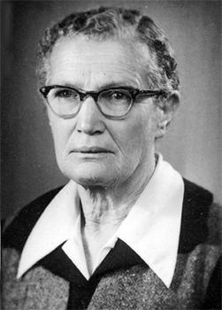 חנה אפשטיין
