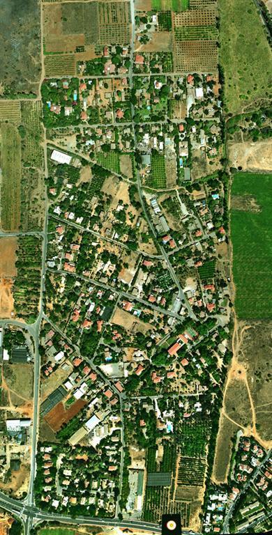 צילומי אוויר הממחישים את מראה הכפר
